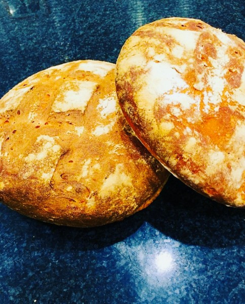 Celebrity Chef from Ready Steady Cook & Fellow Master Chef Steven Saunders make homemade bread to keep us occupied whilst in lockdown!