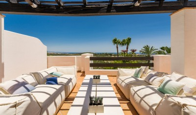 2 Bedroom Penthouse in Casares Playa