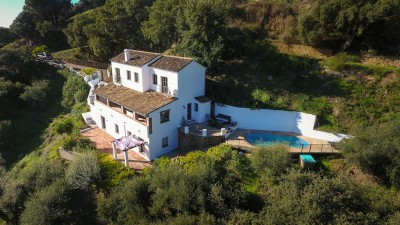 4 Bedroom Detached Villa in Casares